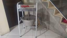Título do anúncio: Máquina massadeira de salgados - Misturela