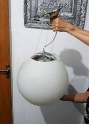 Luminária Globo leitoso médio