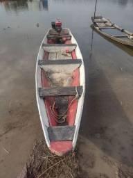 Título do anúncio: Vendo uma canoa e um motor rabeta