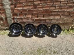 Título do anúncio: Rodas 15 e pneus