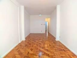 Título do anúncio: Excelente oportunidade por m2 - Apartamento á venda c/ 2 quartos - 112 m2.