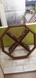 Pe Mesa de madeira
