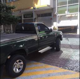 Toyota Hilux SRV  raridade