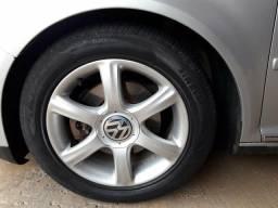 4 rodas com 4 pneus pirelli aro 16 originais do golf .obs :rodas e pneus zeros