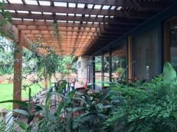 Casa de condomínio para alugar com 5 dormitórios cod:L21422