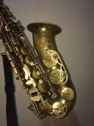 Saxofone Alto Dolphin