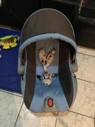 Vendo Carrinho e Bebê conforto Cosco