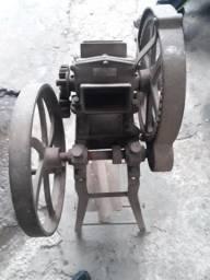 Engenho manual é motor antigo
