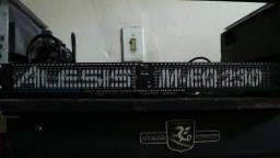 Equalizador Alesis M-Eq 230.