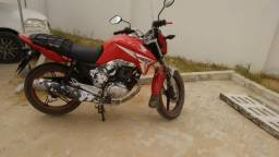 Vende-se Moto Titan 150 - Ano 2015 - 2015