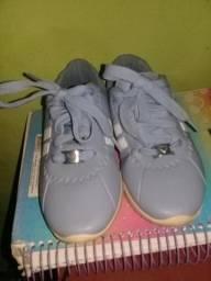 Vendo sapato 35 reais