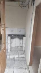 Casa 2 cômodos wc lavanderia direto proprietário