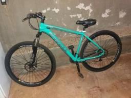 Bicicleta novíssima aro 29