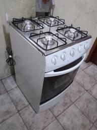Fogão Atlas R$ 200 (entrego * zap)