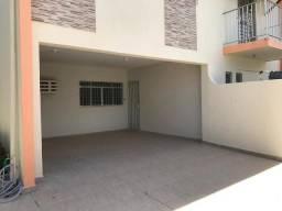 Casa em Massangana 230m 3 quartos 3 vagas