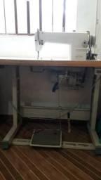 Maquina de costura Reta industrial vendo ou troc
