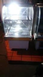Balcão refrigerado e estufa