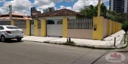 Casa a venda 5 quartos sendo 3 suítes bairro Santa Mônica 1 em Feira de Santana