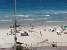 Lindo apto de frente a praia do forte temporada e feriados