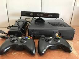 Xbox 360 dois controles e kinect (parcelamos no cartão e aceitamos usados) comprar usado  Palmas