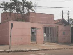 Vende-se casa no Jd. Mato Grosso - Rondonópolis/MT
