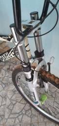 Bicicleta de mola conservada 500 reais a vista