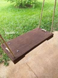 Balanço de madeira