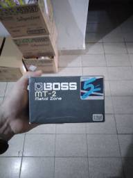 Pedal Boss metal zone mt2.