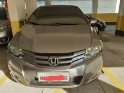 """Honda City LX - 1.5 [""""Top + GNV + Couro + Rodas de Liga Leva + Multimídia""""]"""