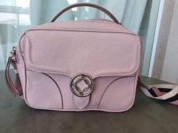 Bolsa Arezzo em couro rosa