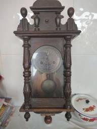 Título do anúncio: Relógio centenário