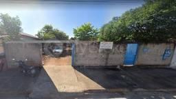 Terreno em rua - Bairro Vila Concórdia em Goiânia