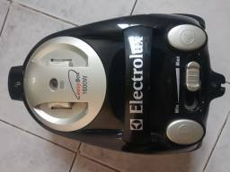 Aspirador de pó Electrolux 1600w de potência
