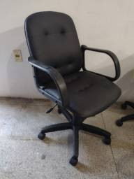 Título do anúncio: Cadeira de escritório tipo presidente com várias regulagens