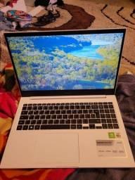 Notebook sansung 8 de ram 1tb de memória novo na caixa( aceito cartão) ótimo pra jogos
