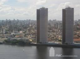 Título do anúncio: Apto. 247 m2 - 4 suites - 3 vagas no Edf. Pier Duarte Coelho -São José-Recife