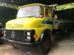 Vendo Caminhão M.BENZ/L 1111, modelo 1113.