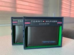 Título do anúncio: Carteira Tommy Hilfiger Masculina De Couro - Slim Bifold