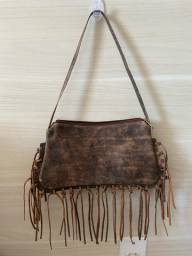 Bolsa couro com franjas