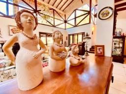 Título do anúncio: Casa de condomínio à venda, com 4 suítes na Serrinha do Alambari, Resende/RJ