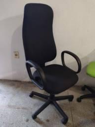 Título do anúncio: Cadeira de escritório tipo presidente