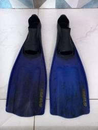 Título do anúncio: Nadadeira (pé de pato) seansub