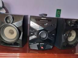 Título do anúncio: Som Mini System Sony TOP!C/Controle,USB,Cd,Aux,Bass Bazuca