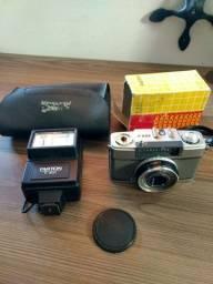 Câmera analógica Olympus Pen - EES2 + Flash Platon F-301