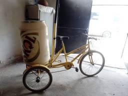 Triciclo com cooler