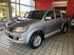 Toyota Hilux SRV_TOP_3.0D-4D_AUT._4x4_2°Dono_ExtrANovA_LacradAOriginaL_RevisadA_Placa A_ - 2015