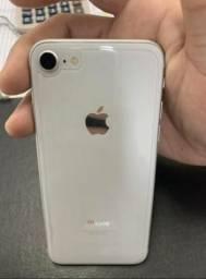 IPhone 8 64gb (Prata)