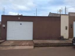 Casa Em Condominio Fechado 1.100,00 ao lao do Patio Norte