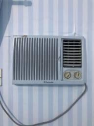 Ar-condicionado R$250,00