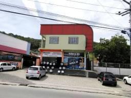 Aluga-se Sala Comercial na rua Geral de Forquilhinhas (Rua Ver. Arthur Manoel Mariano)